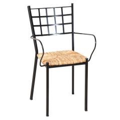 Αγαλβάνιστη Μεταλλική Μαύρη Στοιβαζόμενη Πολυθρόνα Με Κάθισμα Ψάθας 53x49x89cm